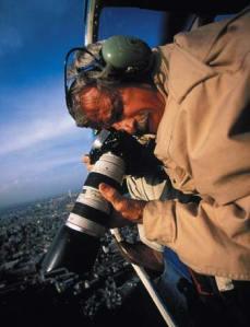 Yann Arthus-Bertrand - fotografando documentário 'Home'